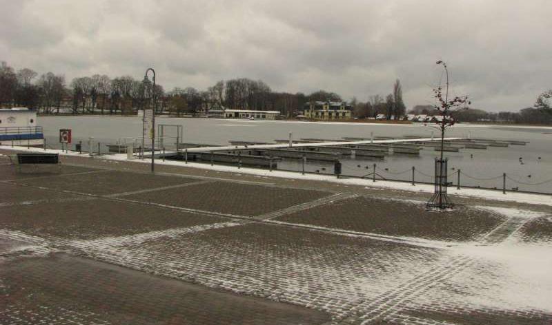 Bootssteganlage am Stadthafen in Röbel
