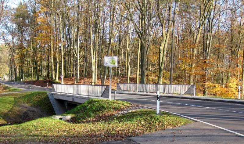 Brücke über einen Verbindungskanal im Zuge der MÜR 15 bei Ichlim