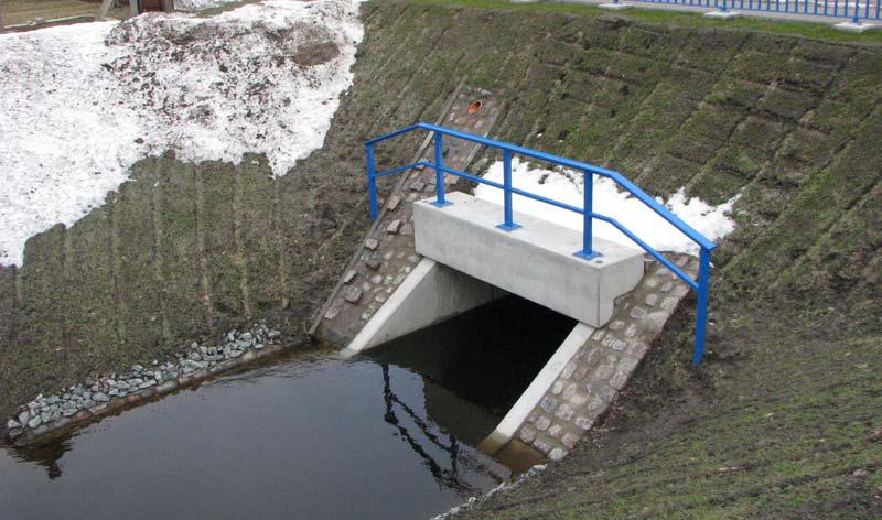 Brücke über den Teufelsgraben im Zuge der UR 16 bei Ludwigshof